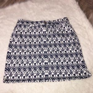 Westport blue and white mini jean skirt size 10